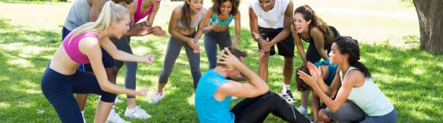 Motivation weitergeben und fördern beim outdoor Teamevent mit sportlichen Aktionen beim Sport Coaching