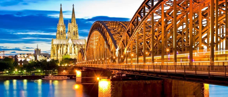 Sagen Sie zu Vorurteilen Nein Danke und erleben Sie Köln und Düsseldorf mit Ihrem Team ganz neu.