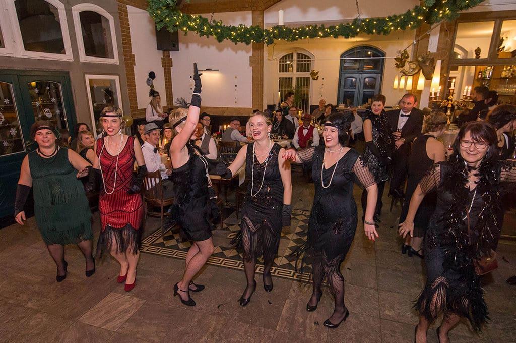 20er Jahre Motto Weihnachtsfeier Golden Gatsby von b-ceed Eventagentur