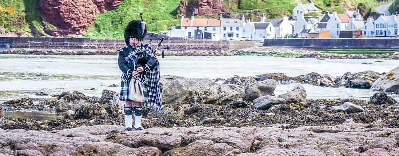 Dudelsackspieler bei der Incentive Reise Schottland Edinburgh Glasgow mit b-ceed