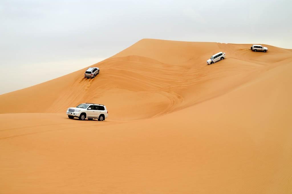 Incentive Reise nach Dubai für Firmen - Wüsten Safari mit Jeeps und Beduinen Zelten