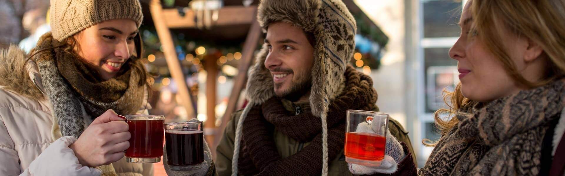 Outdoor Schnitzeljagd über den Weihnachtsmarkt mit Glühwein und Globe Chaser App b-ceed Events