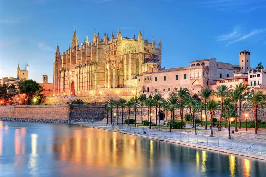 Die Kathedrale Palma de Mallorca ist ein wahrer Blickfang