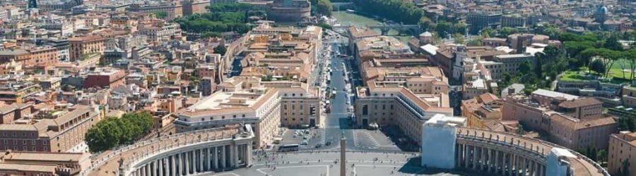 Reise nach Rom auf den Petersplatz.