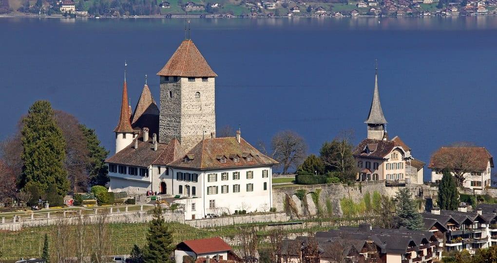 Incentive Reise Bern Schweiz, Spiez entdecken bei einer Reise mit b-ceed