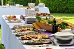 Ihr Sommerfest im Freien mit hervorragendem Catering
