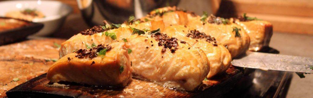 Frische Zutaten und beste Rezepte beim Teamkochen 'Santas Küchenparty' - die Weihnachtsfeier mit Genuss von b-ceed
