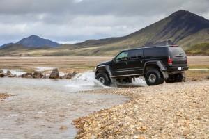 Jeep Safari durch Island (Iceland) über Vulkane, Gletscher und Geysire - Firmen Reise nach Island