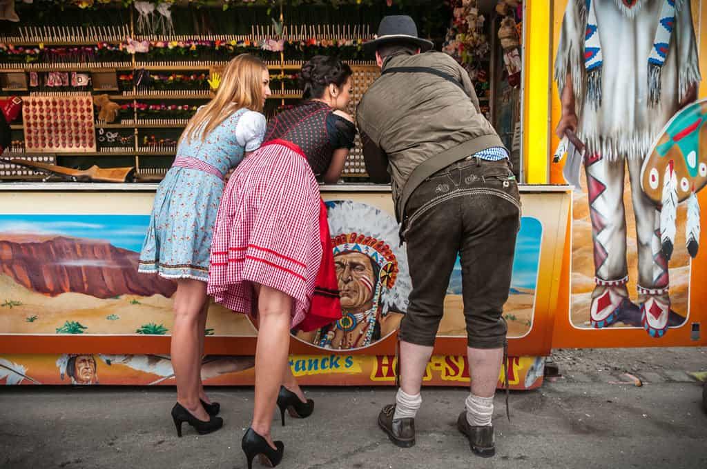 bayrisches oktoberfest wiesn spiele zur firmenfeier hinzubuchen mit b-ceed