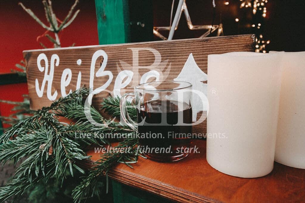 Heißes auf dem mobilen Firmenweihnachtsmarkt b-ceed
