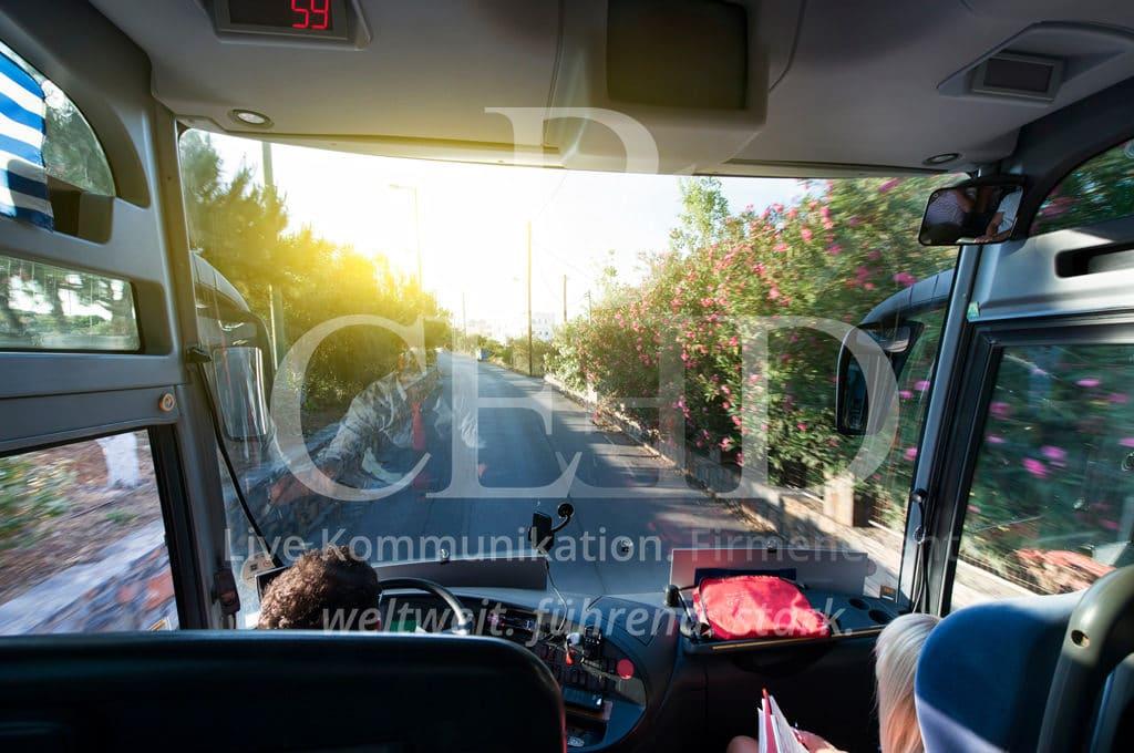 Busreise mit b-ceed: Firmenreisen auf der Straße