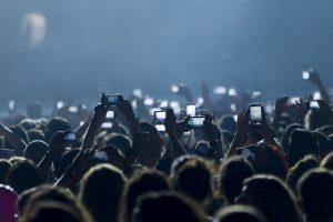 Mit sozialen Medien für das eigene Firmenevent werben mit b-ceed: events
