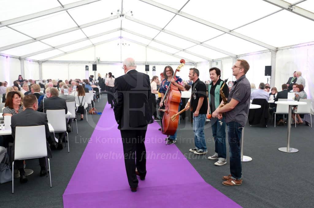 Entertainment passend zum eleganten Firmenjubiläum mit b-ceed: events