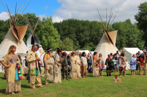 Der Betriebsausflug mit Tipi und Tomahawk und echten Indianern - b-ceed: events