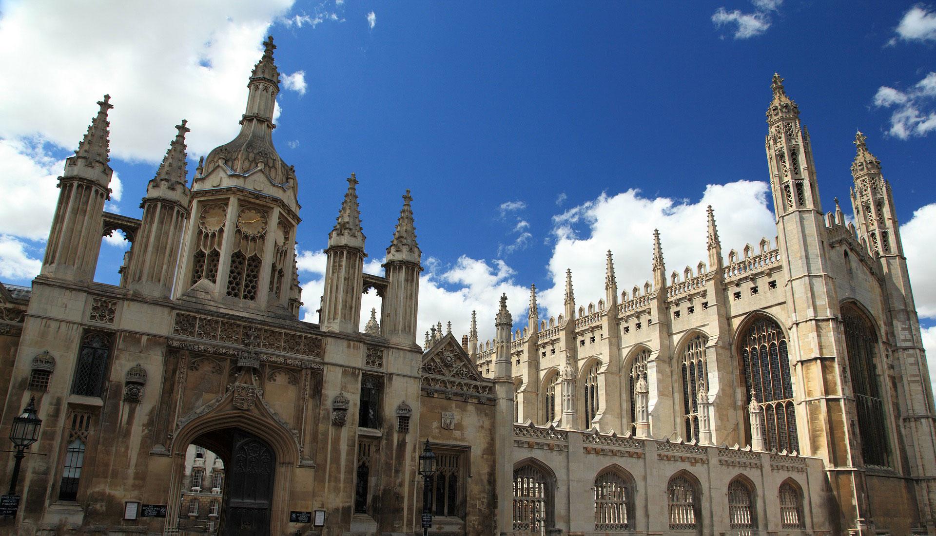 Cambridge English FCE Exam internationale Eventagentur b-ceed: events