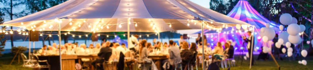 Firmenevent im Veranstaltungszelt mit b.ceed: events
