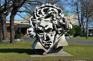 Beethoven Statue entdecken bei der Beethoven Tour mit b-ceed events