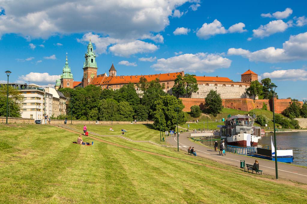 Wawel Hill in voller Pracht entdecken bei der Reise nach Krakau mit b.ceed