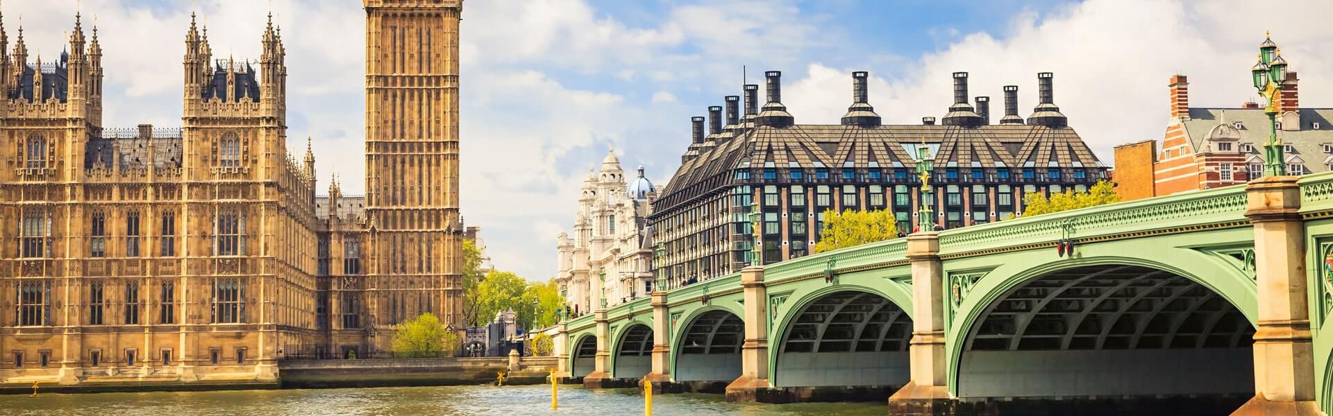 Eine Firmenfahrt nach London führt Sie zu Sehenswürdigkeiten wie dem britischen Paralament und dem Big Ben