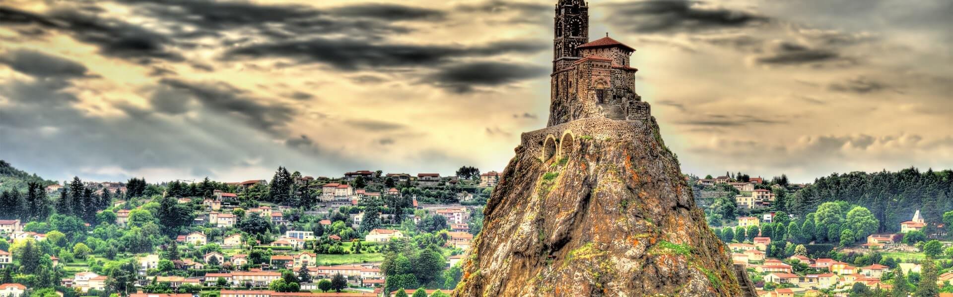 Reise in die Auvergne: Panorama von Le Puy-en-Velay