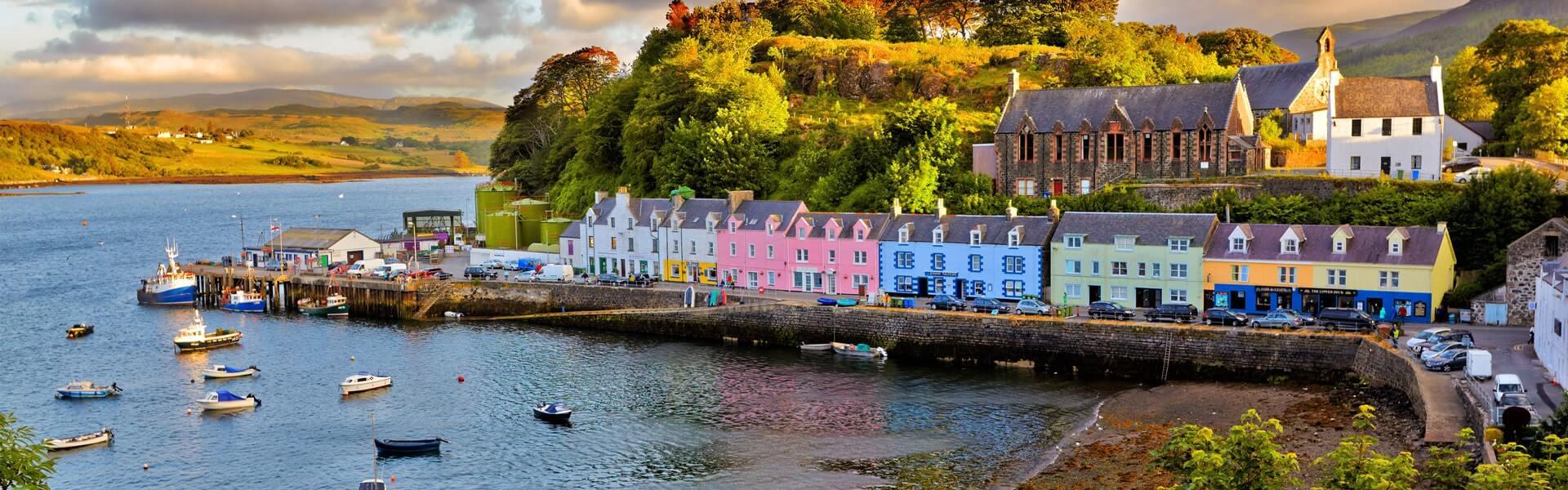 Gelegen am Atlantik bietet Schottland Ihnen bei Ihrer Firmenreise fazinierende Landschaften