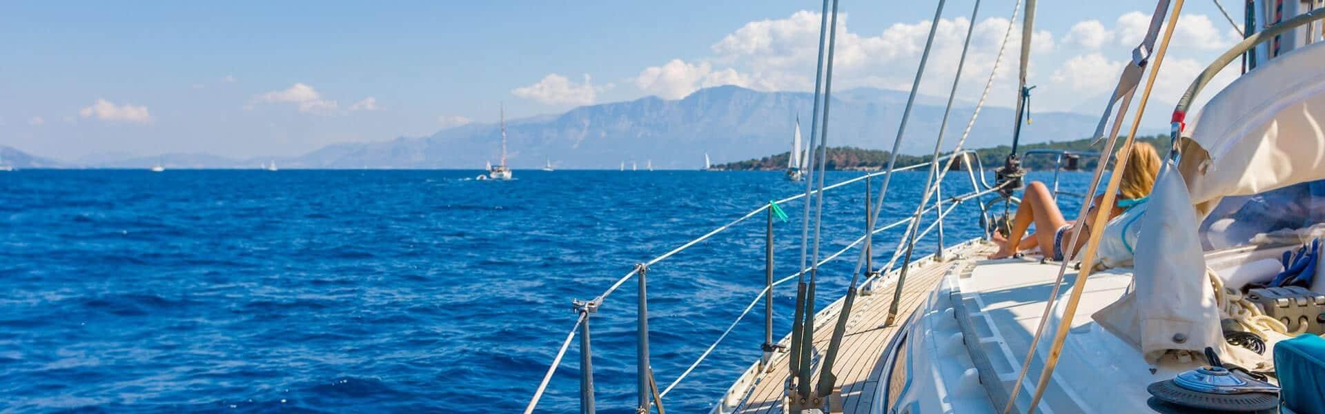 Segeltörn im Mittelmeer mit eigenem Boot und Skipper als Incentive Reise für Firmen