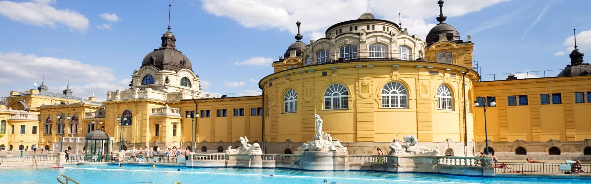 Die Thermalbäder Budapests besichtigen