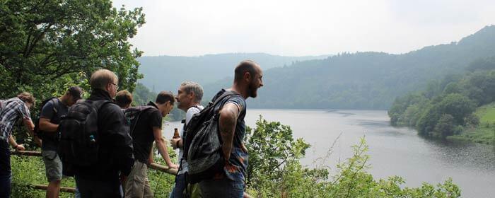 b-ceed wandert zu den lost places in der eifel