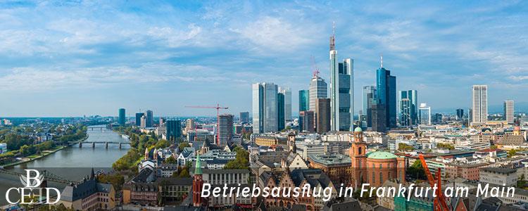 Besuchen Sie beim Betriebsausflug Frankfurt am Main mit dem Team den Main Tower mit b-ceed: events