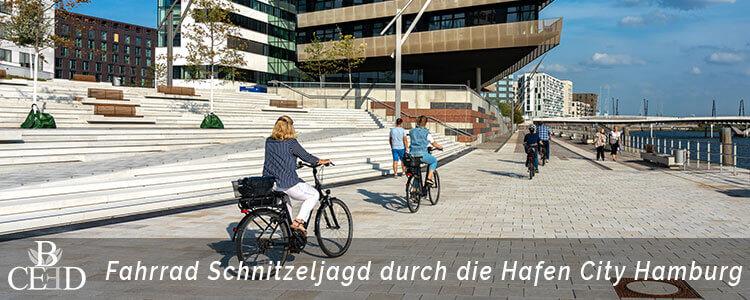 Fahrrad Schnitzeljagd durch die Hafen City. Aktives Teamevent in Hamburg mit b-ceed