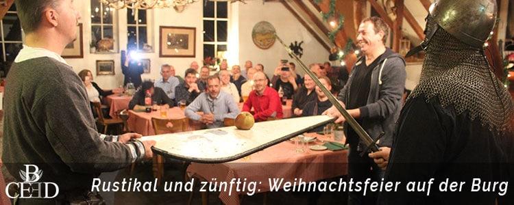 Die Weihnachtsfeier auf der Burg in Berlin ist rustikal und zünftig. Jetzt bei b-ceed buchen