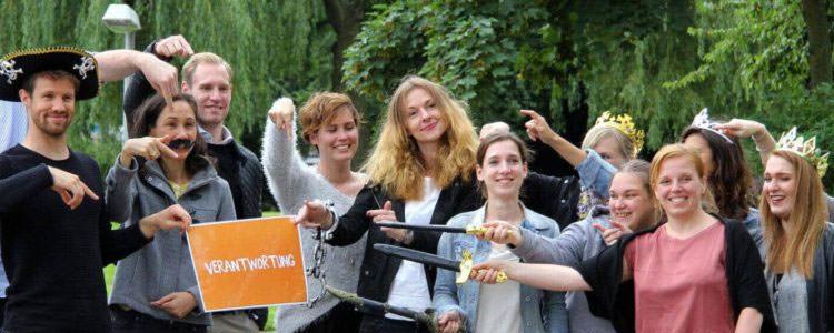 Teambuilding fuer grosse Teams - Filme drehen - kreative Teamevents von b-ceed